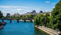 <h5>The Louvre and The Pont des Arts over La Seine, Paris, France</h5>
