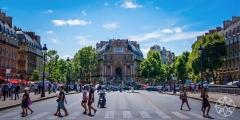 <h5>Fontaine Saint-Michel, Paris, France</h5>