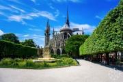 <h5>Notre-Dame Cathedral, Paris, France</h5>