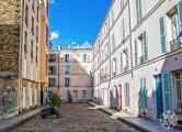<h5>Montparnasse alley, Paris, France</h5>
