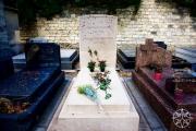 <h5>Jean Paul Sartre tomb, Montparnasse Cemetery, Paris, France</h5>