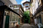<h5>Montparnaisse Alley, Paris, France</h5>