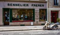 <h5>Sennelier Freres Paint Store, Paris, France</h5>