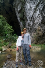 <h5>Josh and Krissy at Hang En Cave, Phong Nha-Kẻ Bàng National Park, Vietnam</h5>