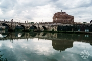 <h5>Castel Sant&#039;Angelo on the River Tiber, Rome, Italy</h5>