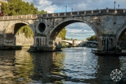 <h5>Ponte Sisto and the River Tiber, Rome, Italy</h5>