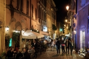 <h5>Streets of Trastevere, Rome, Italy</h5>