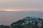 <h5>Sunrise over Kastro, Sifnos, Cyclades Islands, Greece</h5>